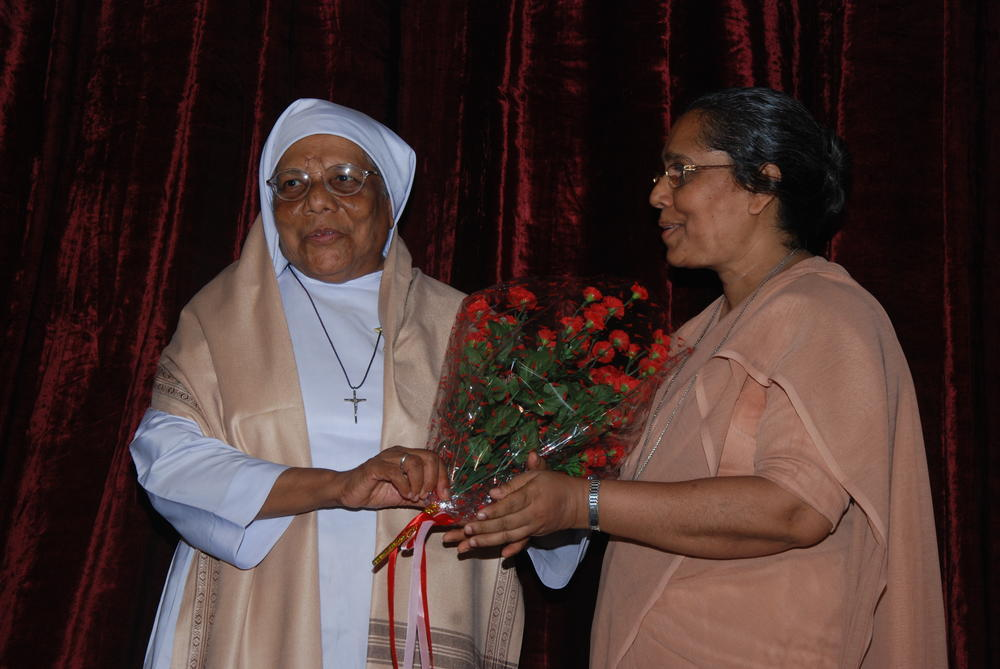 Sr. Juliana greets our pioneer Sr. Rosetta